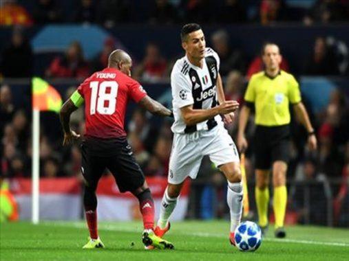 Ashley Young tự tin trả đũa Juve, Mourinho nói gì khi thua Juventus