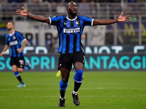 Inter Milan nhận tin buồn trước trận đại chiến với Barca