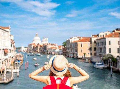 Mơ thấy đi du lịch có thông điệp gì, đánh con số nào chắc ăn?
