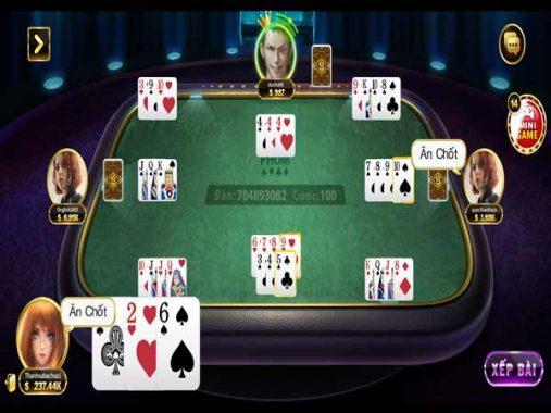 Chơi game bài phỏm được quy định số người từ 2-4