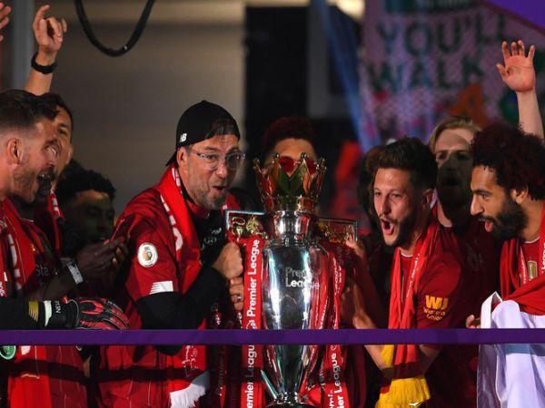 Tin bóng đá trưa 25/9: Liverpool bộn tiền với chức vôi địch Premier League