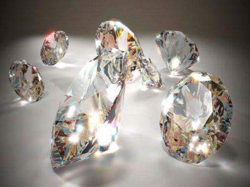 Mơ thấy kim cương có điềm báo gì? đánh con số nào?