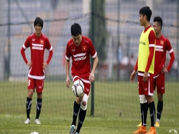 Băng quấn thun chỉ dùng cho các buổi tập luyện trước ngày thi đấu của các cầu thủ.