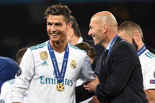 Bóng đá QT ngày 16/3: Zidane úp mở chuyện tái hợp với Ronaldo