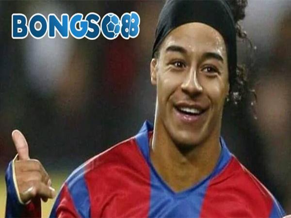 Cầu thủ Lingardinho
